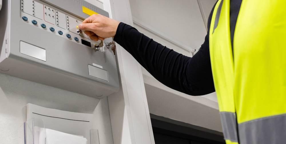 How to Become a Journeyman Electrician?